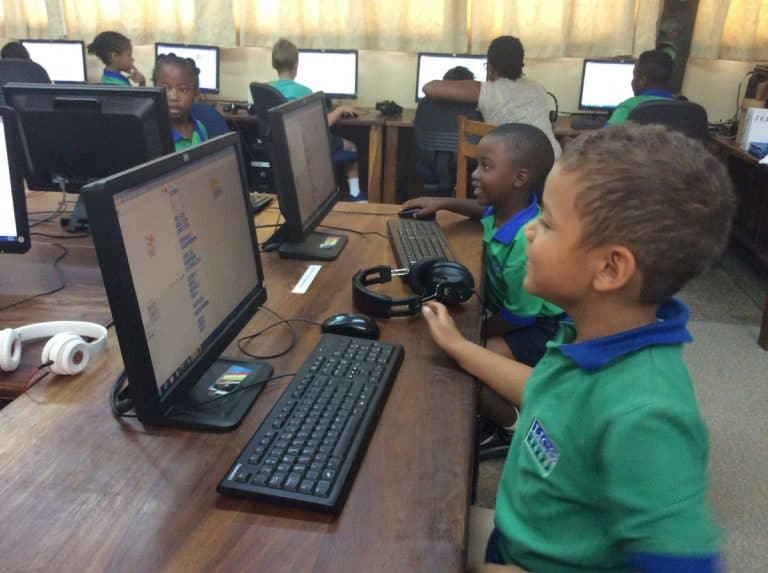 Read more about the article THERE IS AN URGENT NEED FOR PARENTS TO EQUIP THEIR CHILDREN WITH DIGITAL TOOLS NOTABLY A HOME DESKTOP COMPUTER